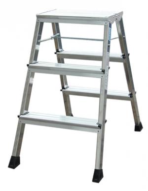 Лестница стремянка складная подставка Rolly 3 ступени купить на выгодных условиях в Орле